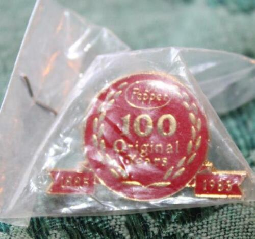 "Vintage Dr Pepper 100 Years 1/"" Pin Lapel Button Original 1985 Advertising NIP"