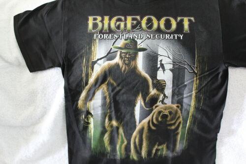 BIGFOOT FORESTLAND SECURITY BEAR TREES FOREST SASQUATCH FUNNY T-SHIRT SHIRT