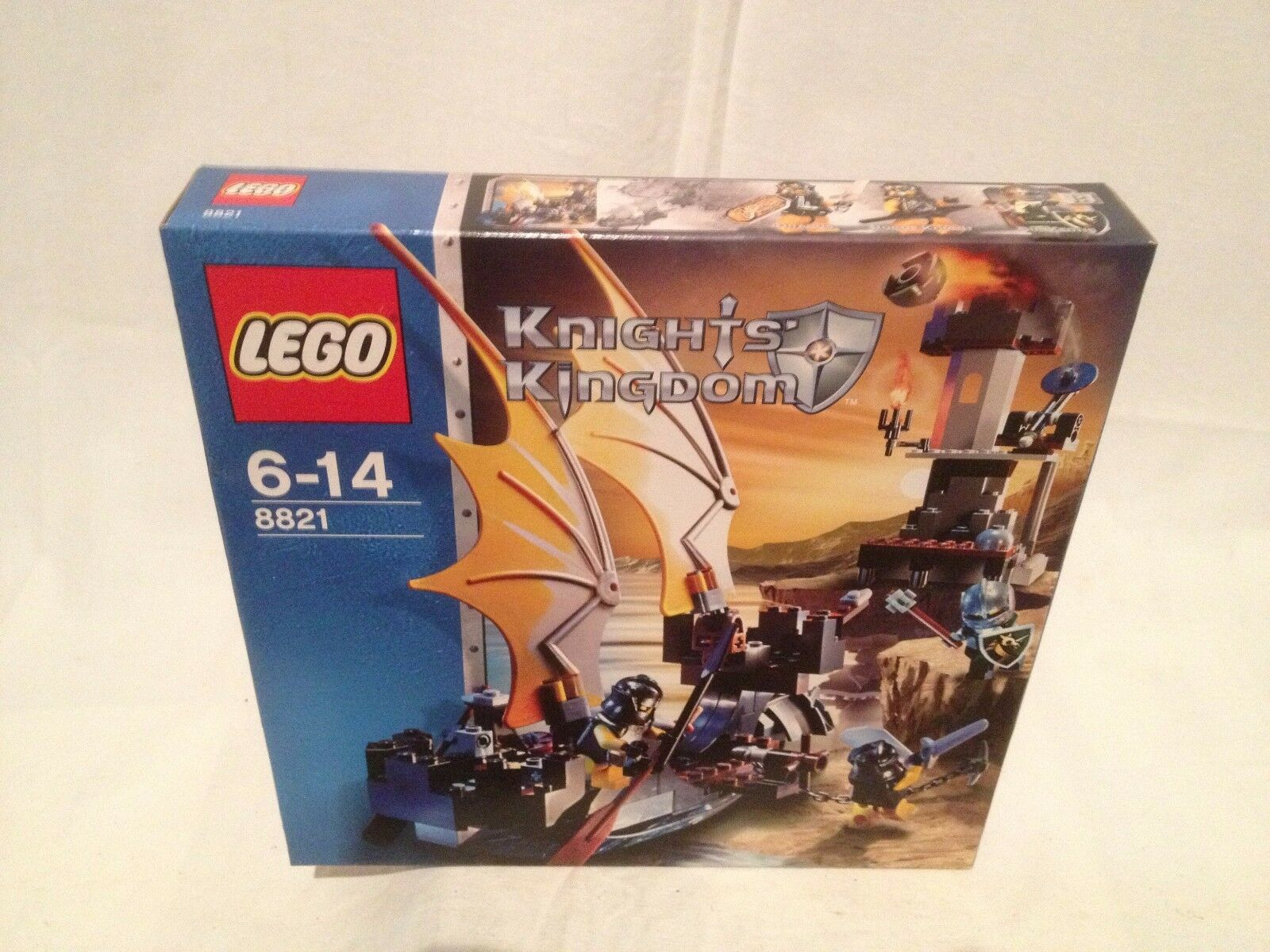Lego Knights Kingdom 8821 Rogue Knight Battleship  NEUF 1 édition