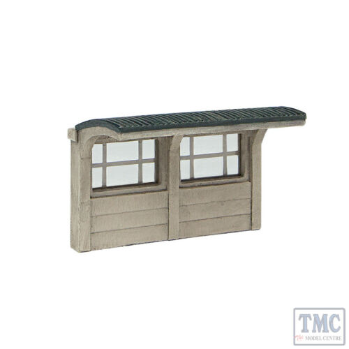 42-593 Scenecraft N Gauge Concrete Bus Shelter