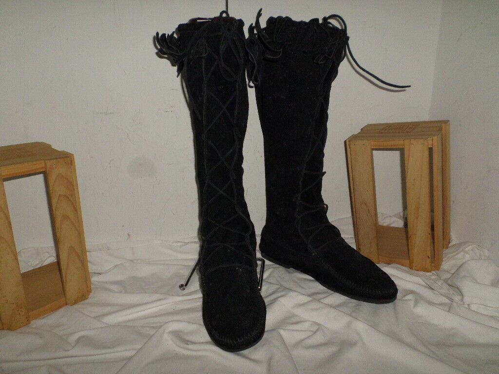 Minnetonka Black Suede Knee-high Tall Lace Up Fringe Boots SIZE 11