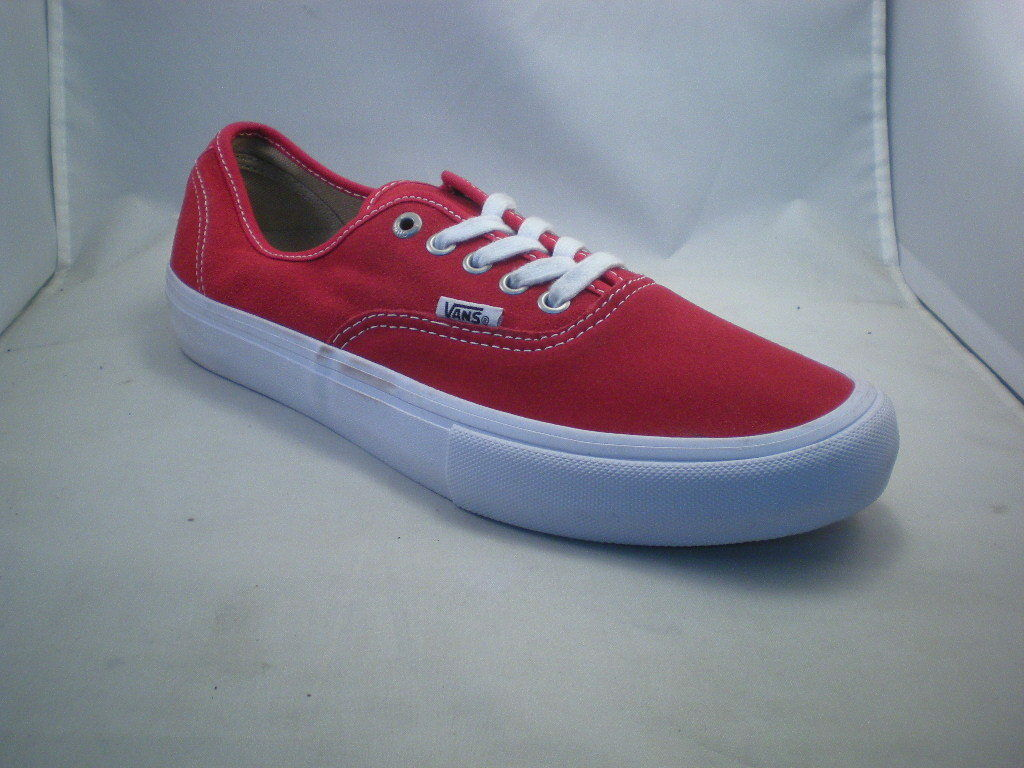 70641d83f3 Vans Authentic Skateboarding or Casual Shoes Sneakers Sneakers Sneakers RD men  size 9 4fb611