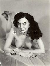 Original Vintage 40s-60s Desnudo Rp- Italiano Woman- Endowed- Largo Clavos-