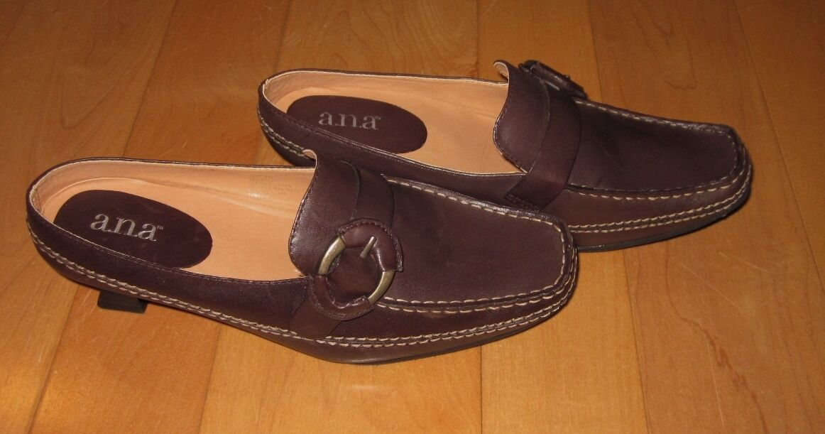 New A.N.A. ana Womens Cute Brown Leather Mules Reese 6 M