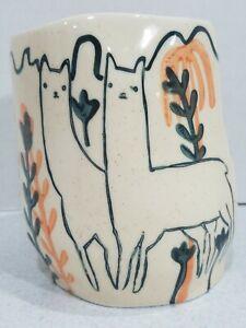 Wild-Alpaca-Ceramic-Vase-Planter-Pot-by-Alex-Sickling-for-Anthropologie-4-5-034