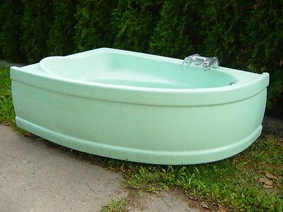 Historische Baustoffe Schlussverkauf Badewanne Eckbadewanne 130x80 Cm Innen Fischteich Gebraucht Gartenteich Ein Kunststoffkoffer Ist FüR Die Sichere Lagerung Kompartimentiert Heimwerker