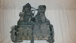 LIGHTWEIGHT-MOLLE-II-ACU-FLC-ADJUSTABLE-FIGHTING-LOAD-CARRIER-W-POUCHES-JJ-1030