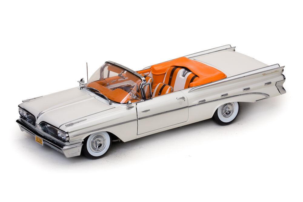 1959 Pontiac Bonneville bianca  1:18 SunStar 5184