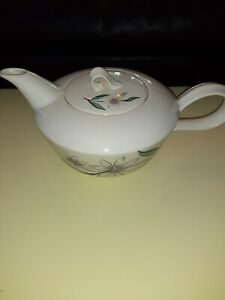 Homer-laughlin-debutante-Tea-Pot-With-Lid