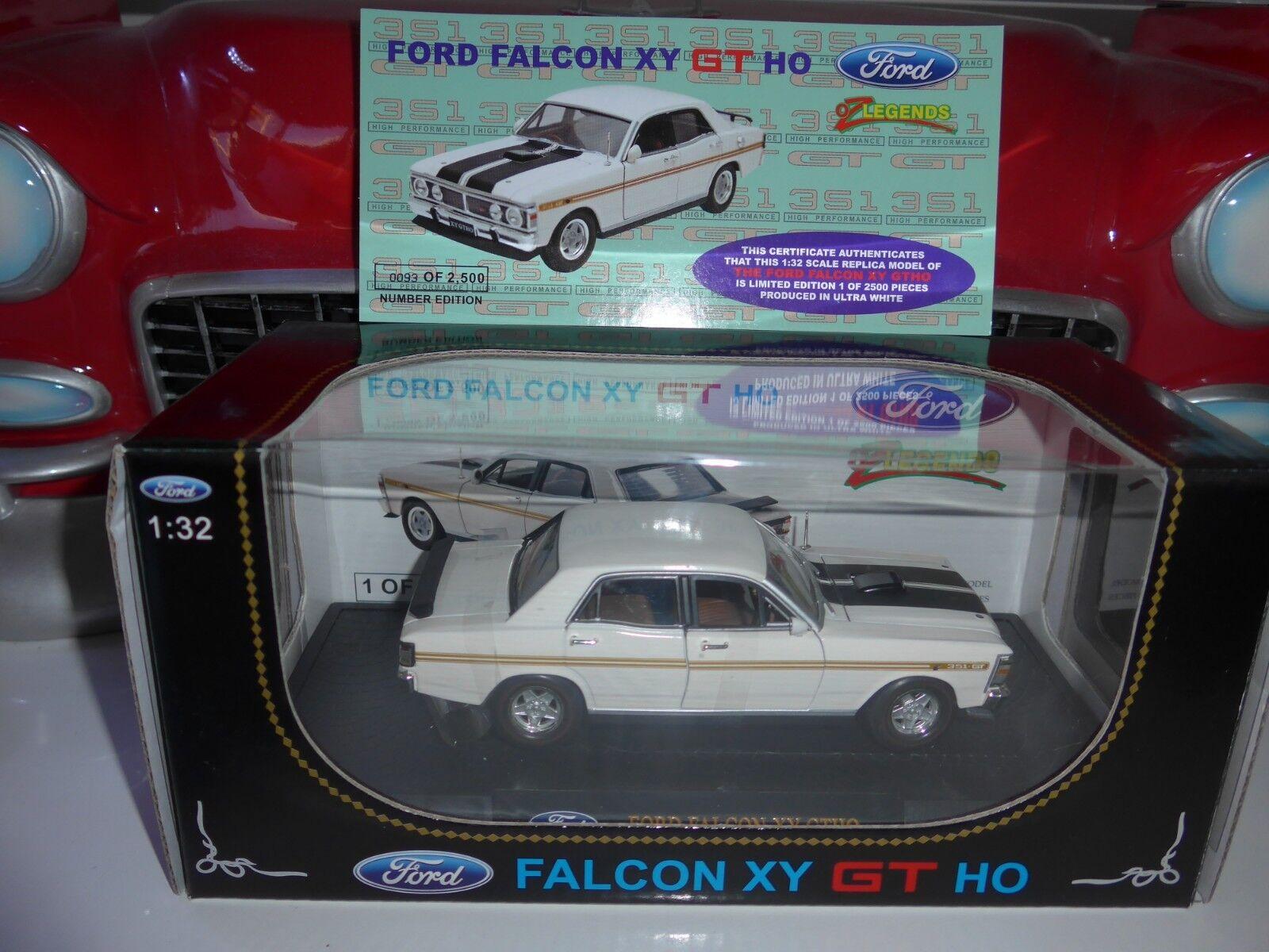 1 32 32 32 scale Ford Falcon XY GTHO w COA   0093 out of 2500 +Bonus 1 24 display case 625e2b