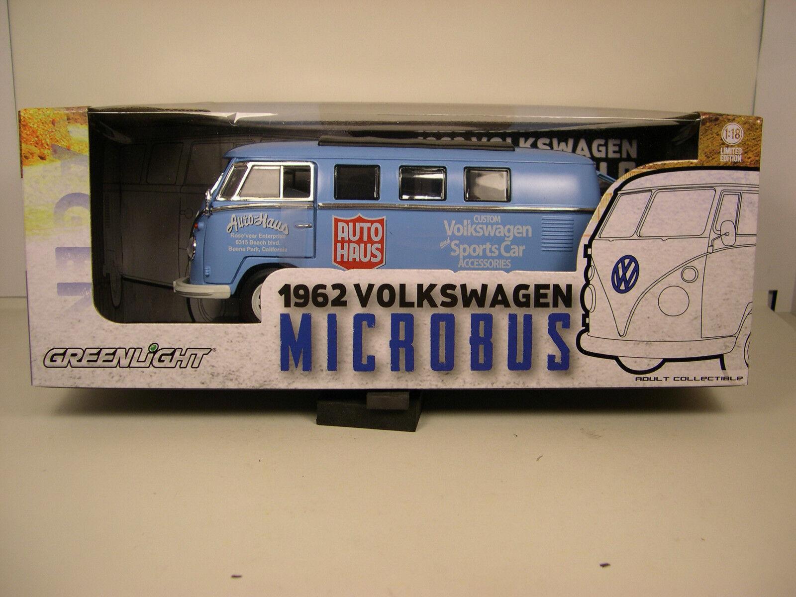 blueE 1962 VOLKSWAGEN VW MICROBUS GREENLIGHT 1 18 SCALE DIECAST METAL MODEL