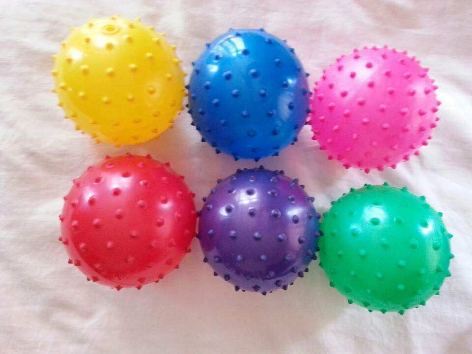 100 Knobby Balls  SPIKE 5 INCH Spike Massage Party Favor Toy Pinata Stuffer