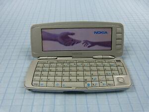 Original-Nokia-9300-Silber-Wie-neu-Ohne-Simlock-TOP-ZUSTAND-QWERTZ-RAR