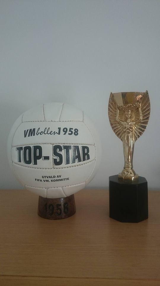 BALÓN OFICIAL MUNDIAL FUTBOL 1958 EN SUECIA. TOP STAR blancooO FINAL (Pre adidas)