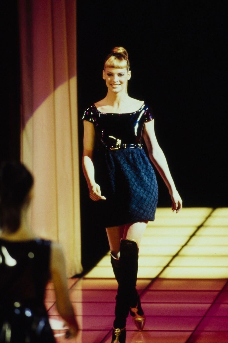 Vintage Rare 1994 Gianni Versace Couture Patent Runaway Dress Sz I 40 US 4