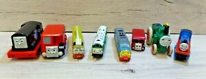 VINTAGE-THOMAS-THE-TANK-ENGINE-VINTAGE-RETRO-TRAINS-BUNDLE-BRIO-ERTL-GOLDEN-BEAR