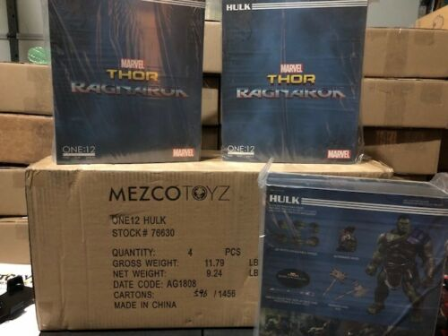 Mezco Toys ONE:12 Collectif RAGNAROK Incroyable Hulk 8 in Figure New! environ 20.32 cm