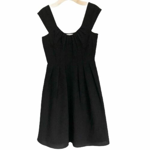 CALVIN KLEIN Black Pleated Dress