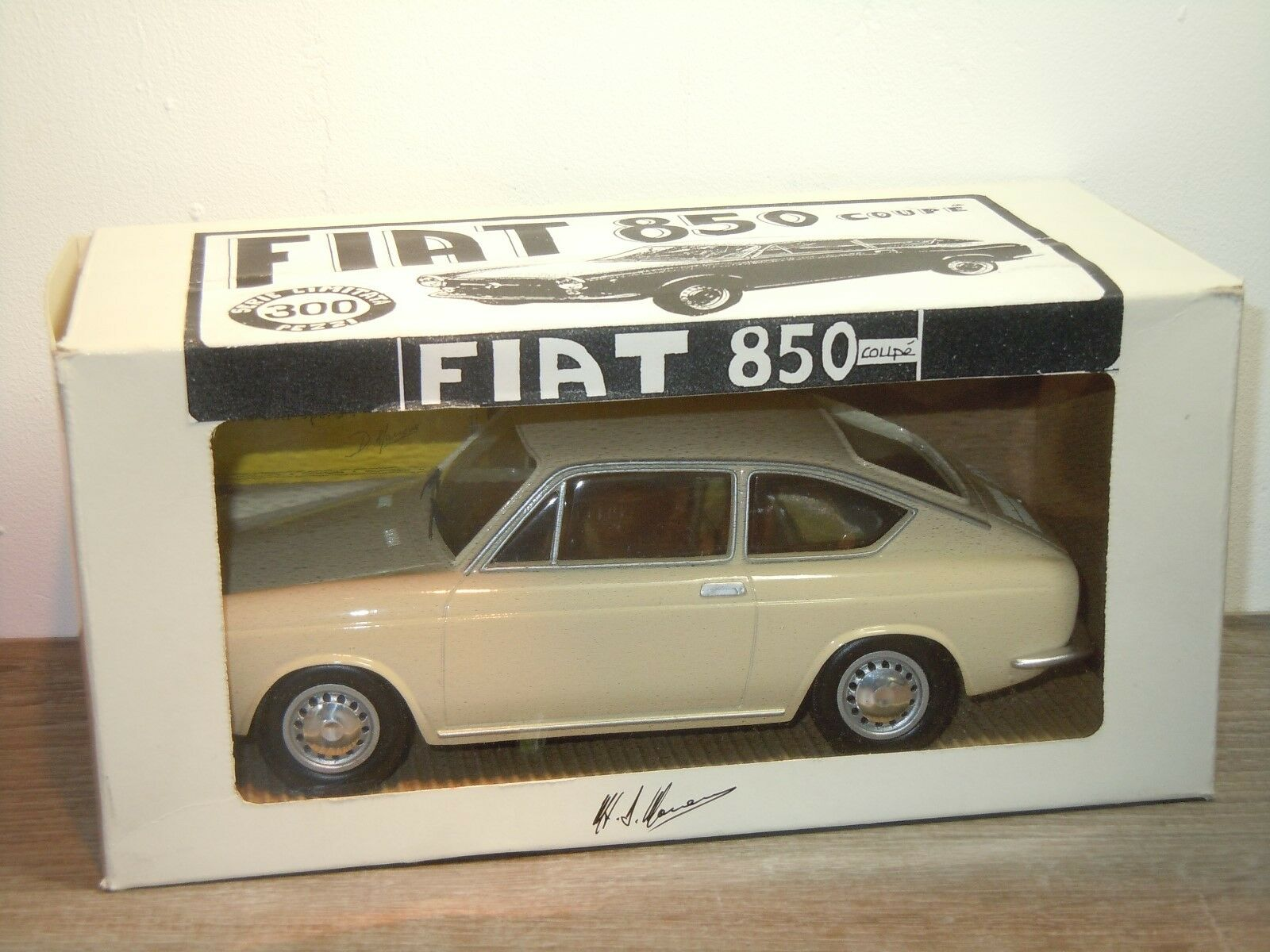 Fiat 850 Coupe - Mamone Models 1 18 in Box 1 300pcs 34301