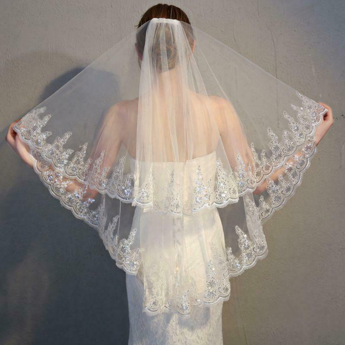 2 Tier Wedding Veil with Comb Scalloped Lace Trim Glitter Sequins Embellished
