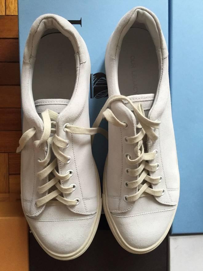 BRAND NEW Unser klassischer weißer Sneaker Off White Größe US 8