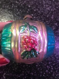 VINTAGE-MERCURY-GLASS-WINE-BARREL-WITH-GRAPES-CHRISTMAS-ORNAMENT-KEG-PINK-Aqua