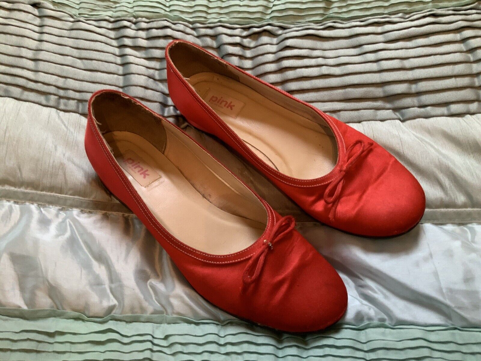 Red Satin Pink By Paradox Shoes - Sixe 41