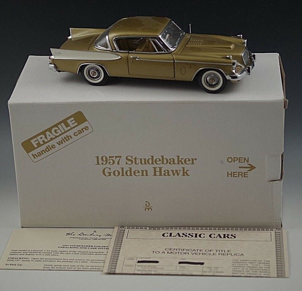 DANBURY MINT 1957 STUDEBAKER goldEN HAWK MODEL MODEL MODEL gold 1 24 SCALE DIE CAST a24caa