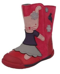 5-5F-CLARKS-Nibbles-Pink-Berry-Iva-Friend-First-Boots-Leather-Suede-Rabbit-Bunny
