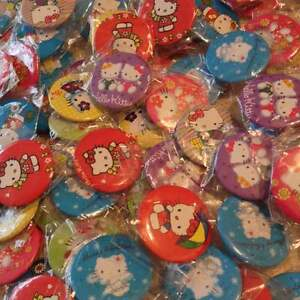 20 hello kitty badges party bag favours - London, United Kingdom - 20 hello kitty badges party bag favours - London, United Kingdom