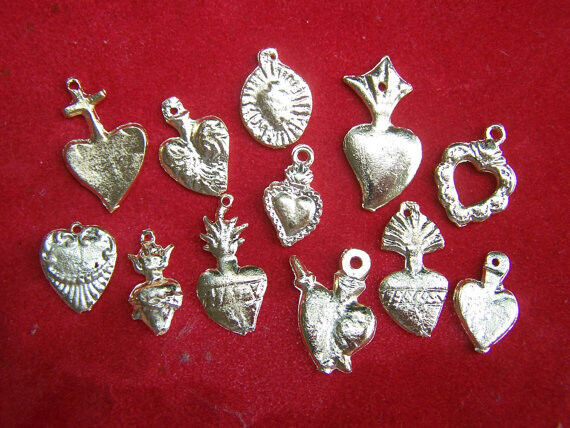 Milagro Lot - 50 ALL HEARTS Golden/Brass Mexican milagros - Mexico