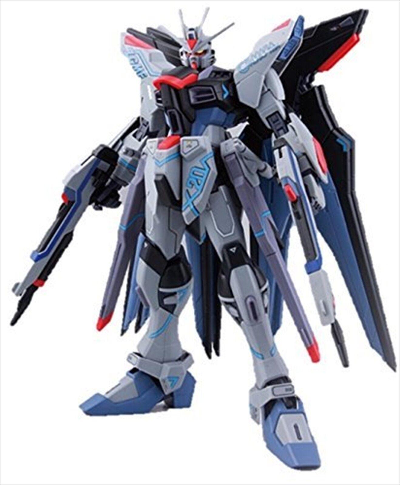 Bandai Bandai Bandai MG 1 100 Strike Freedom Gundam Kunio Okawara Exhibition Ver Model Kit 2c53e0