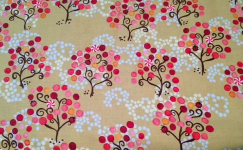 Crafts Quilts Sewing  P /& B Textiles 100/% Cotton Day Dreams Green Fabric BTY