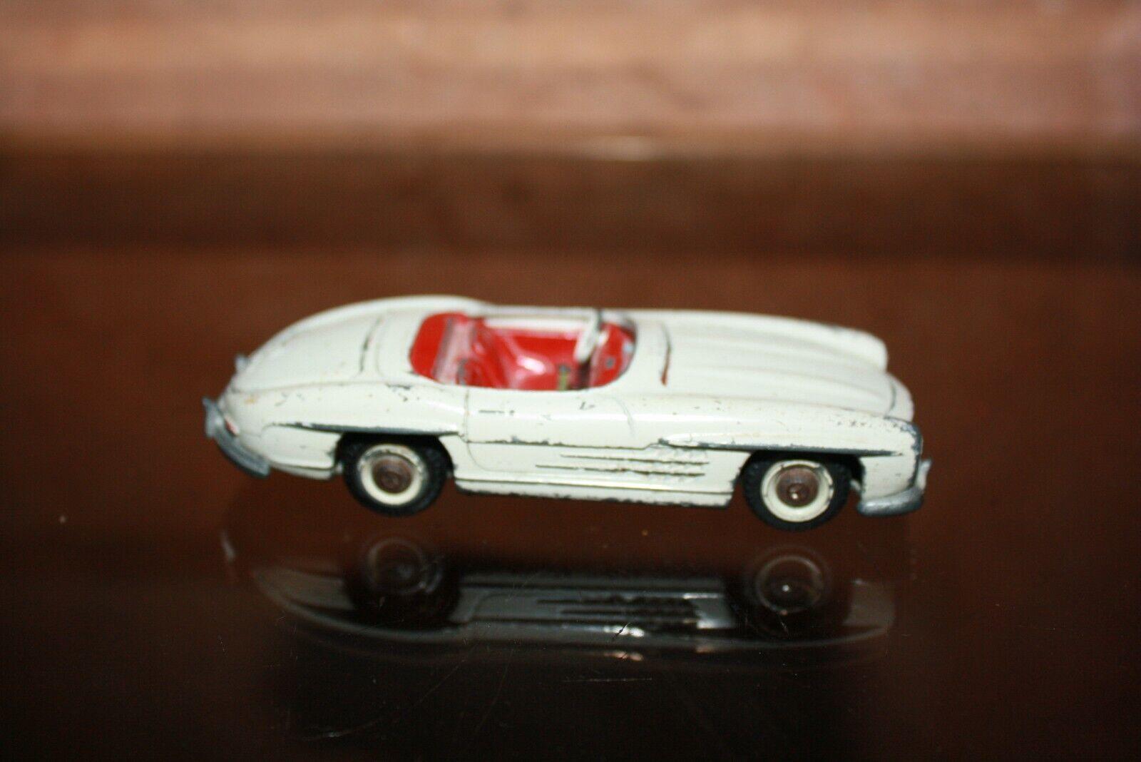 Cabriolet MERCEDES 300SL TEKNO à restaurer