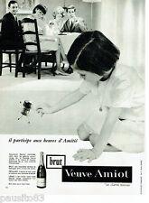 PUBLICITE ADVERTISING 115  1964  VEUVE AMIOT  BRUT  vin SAUMUR Charme nouveau
