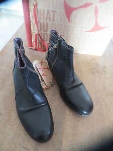 GOLDMUD chaussures homme Cuir reflex noir Hand made Valeur159E  Pointures 41