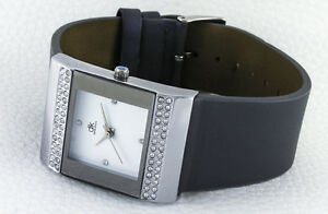 Elegant-Attractive-eckig-design-Women-039-s-Watch-with-60-SIMLI-Stones