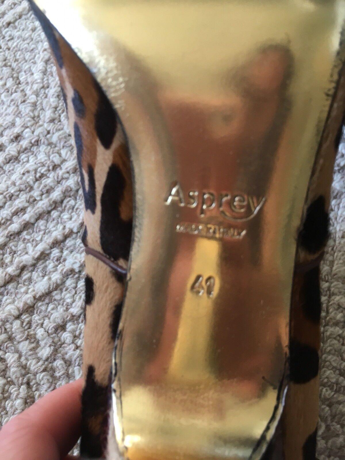 Asprey London Leopard Leopard London pattern high heel booties sz 41 Made in Italy 14b52d