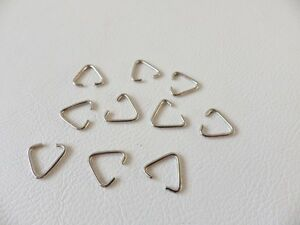 50-x-Silvertone-14mm-X-12-4mm-Triangle-Jump-Rings-Bails
