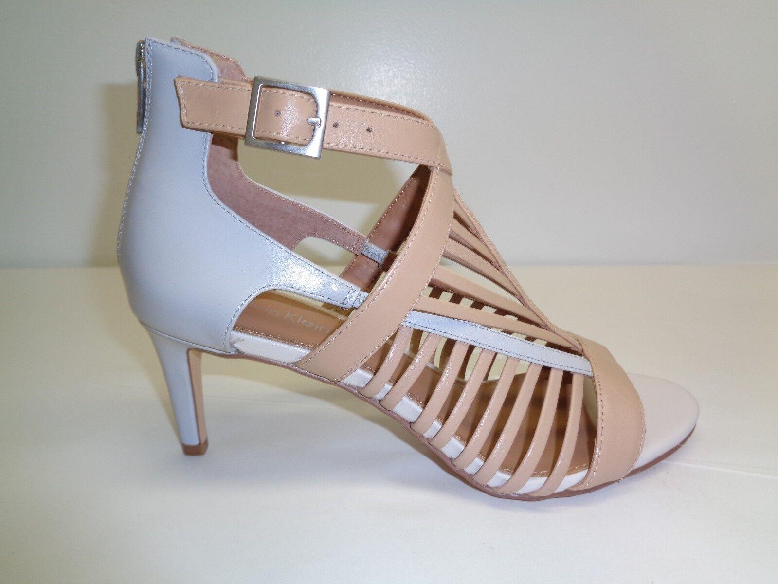 Calvin Klein Größe 8.5 M CAMELLA Sandstorm Gray Leder Sandales NEU Damenschuhe Schuhes