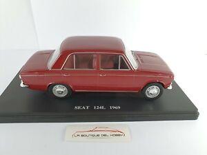 SEAT-124L-1969-SALVAT-ESCALA-1-24-SIN-CAJA-Y-DEFECTUOSO