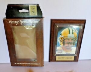 Vintage-Sports-Plaques-BRETT-FAVRE-Green-Bay-Packers-Authentic-Collectible