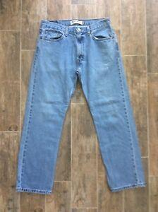 35f312934d2 Levis 505 Regular Fit Straight Leg Mens Light Wash Jeans Size 34 x ...