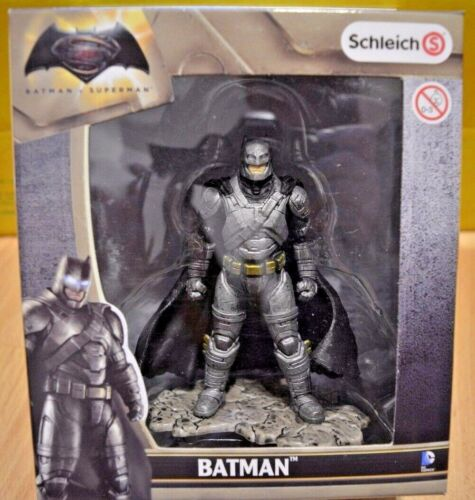 Schleich Batman v Superman / Batman stehend 22526 Spielzeug Kinder