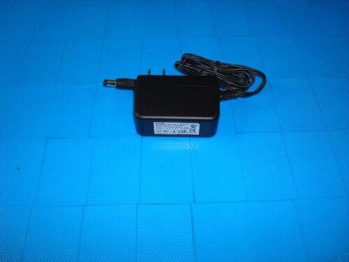 DVE DSC-5P-01 EU 50200 Power Supply Adapter Barrel 5.5//2.5mm 5V 2A