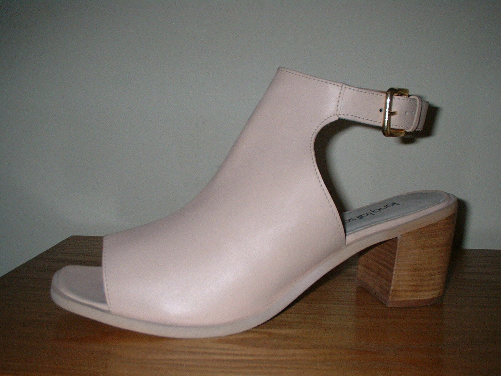 NUDE PALE PINK LEATHER PEEP TOE  ANKLE CUFF BUCKLE BLOCK HEELS  8 42  80.00