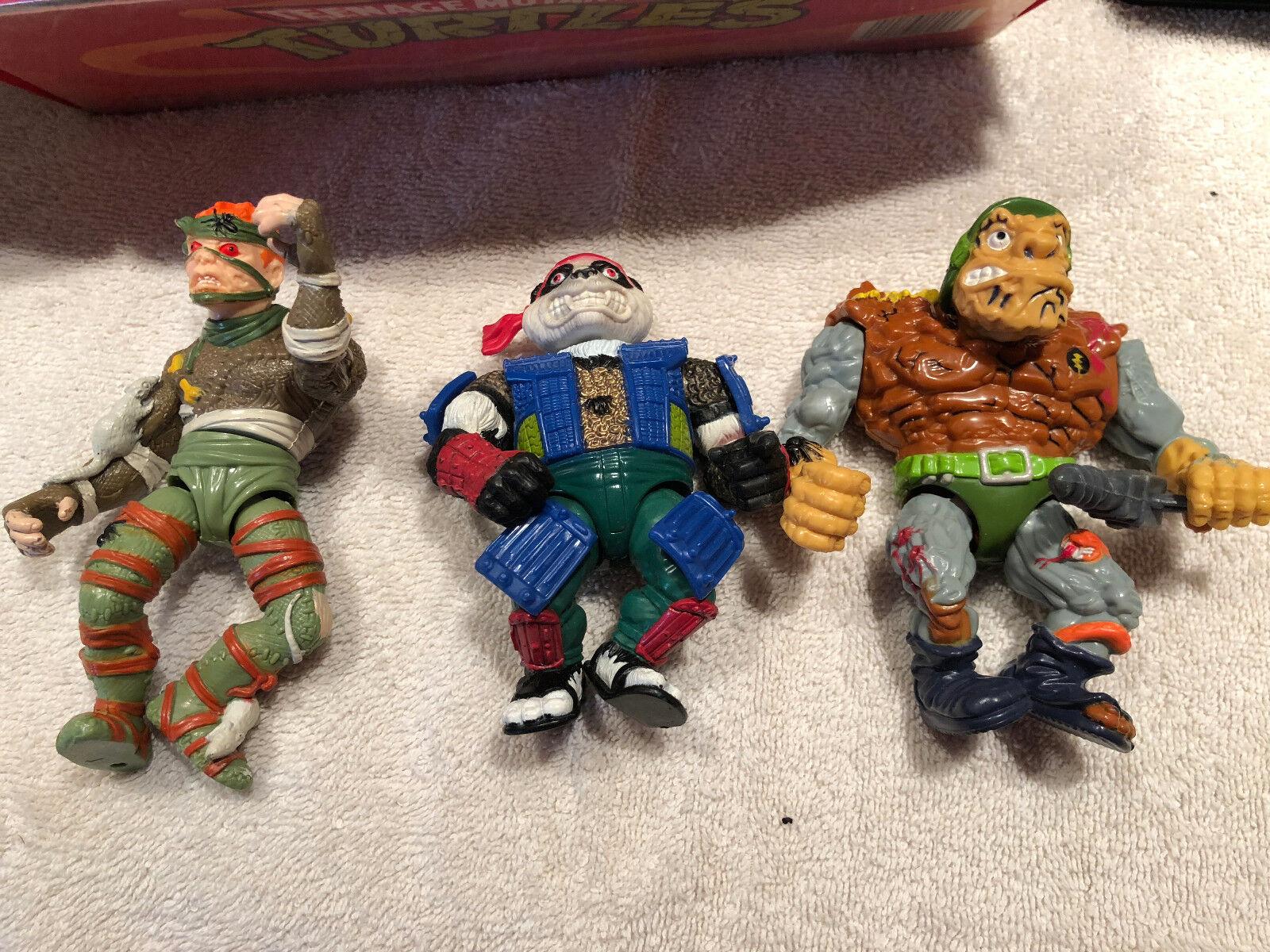 Vintage Vintage Vintage Teenage Mutant Ninja Turtles Case w 5 Figures-Rat KIng, Panda, Tragg, 050061
