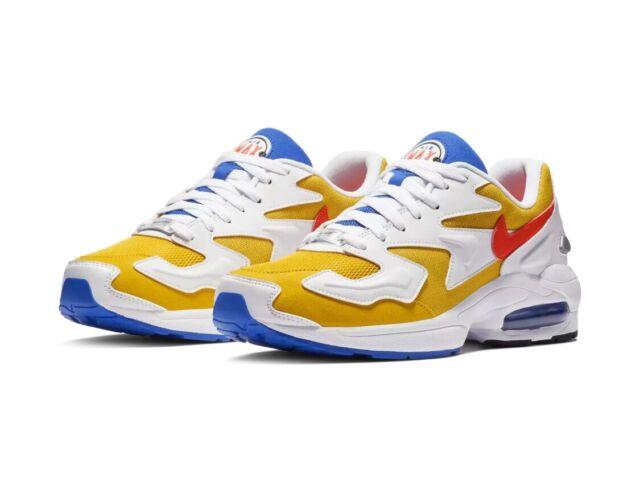 Nike Air Max2 Light University Gold