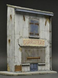 Reality-In-Scale-35254-French-shop-034-Charcuterie-034-1-35-scale-diorama-building