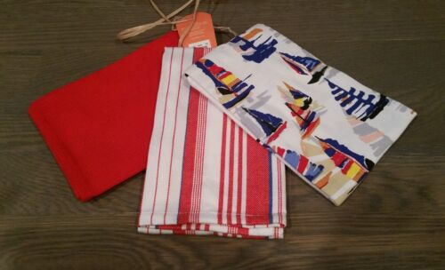 *NEW* Tommy Bahama Home Kitchen Towels Set of 3 Sail Boats Red White and Blue